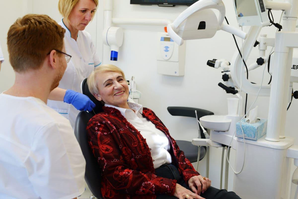 Furyk Clinic - dowiesz się więcej oimplantach